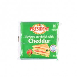 Président Savory Sandwich With Cheddar Cheese Slices