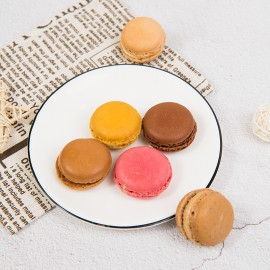 FIELDS KITCHEN Macarons